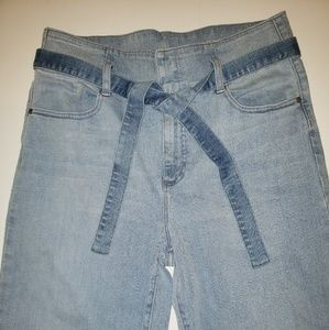 NWOT!!!❤ VINCE CAMUTO jeans